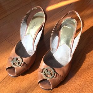 Michael Kors tan wedge sandals size 6 with logo